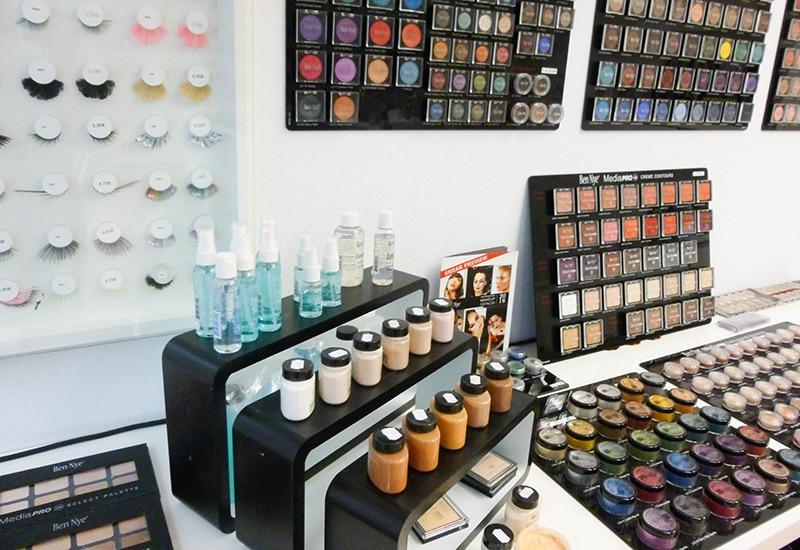 Wir sind umgezogen: Make-Up Artist Store by Ursula Haas - Blog